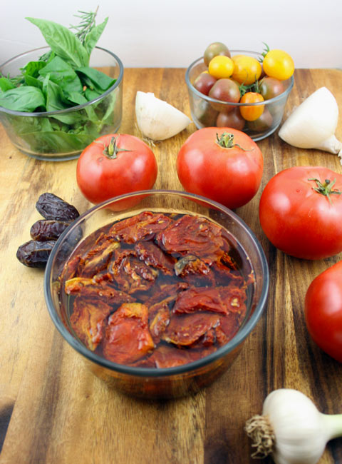 homemade tomato sauce ingredients