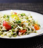 Raw Vegan Bean Sprout Salad