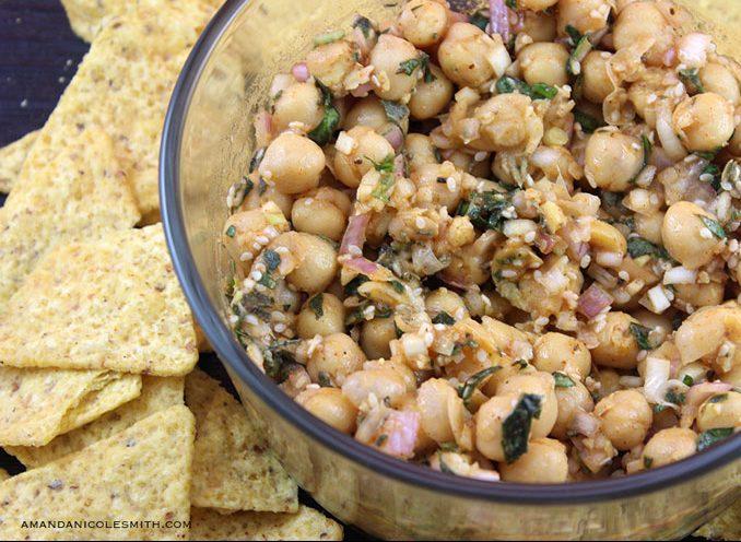 Chunky garlic and herb hummus