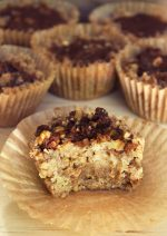 Cinnamon Walnut Crumb Cake | No Bake, Vegan, GF